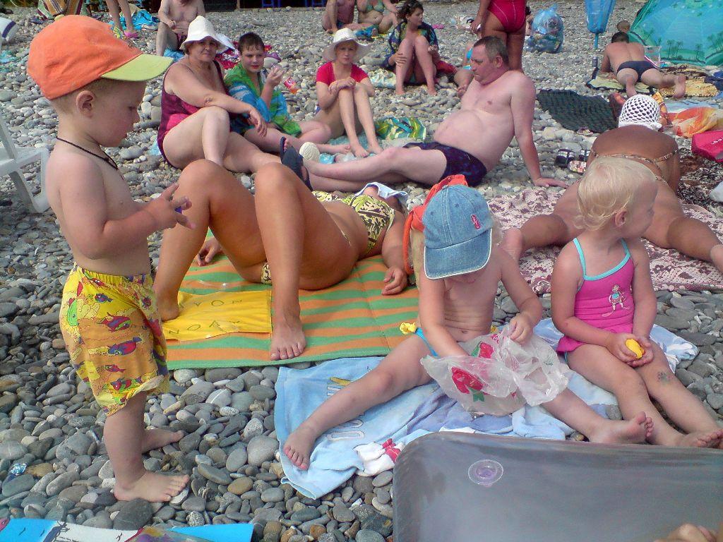 голые при детях